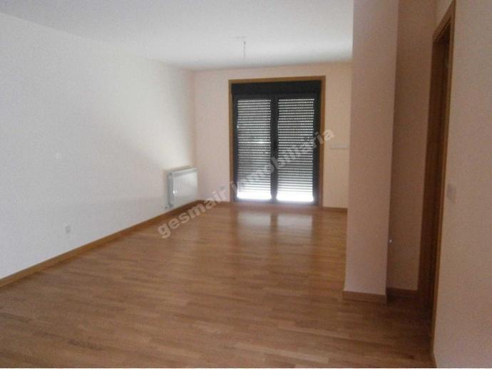 Foto 7 de Piso en Pontevedra Capital. Pontevedra 3 Habitaciones Exterior. Soleado, / Centro - Echegaray, Pontevedra Capital