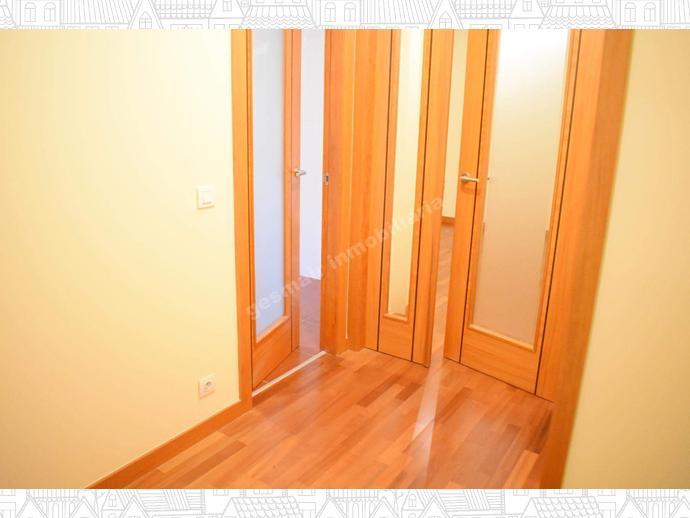 Foto 4 de Apartamento en Próximo Al Hospital Provincial. Los Salgueriños / Zona de Plaza de Barcelos, Pontevedra Capital