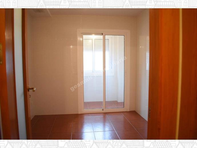 Foto 10 de Apartamento en Próximo Al Hospital Provincial. Los Salgueriños / Zona de Plaza de Barcelos, Pontevedra Capital
