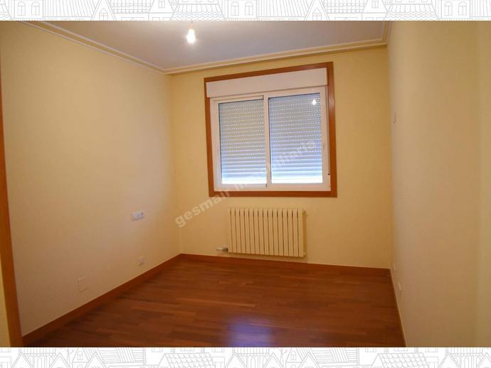 Foto 8 de Apartamento en Próximo Al Hospital Provincial. Los Salgueriños / Zona de Plaza de Barcelos, Pontevedra Capital