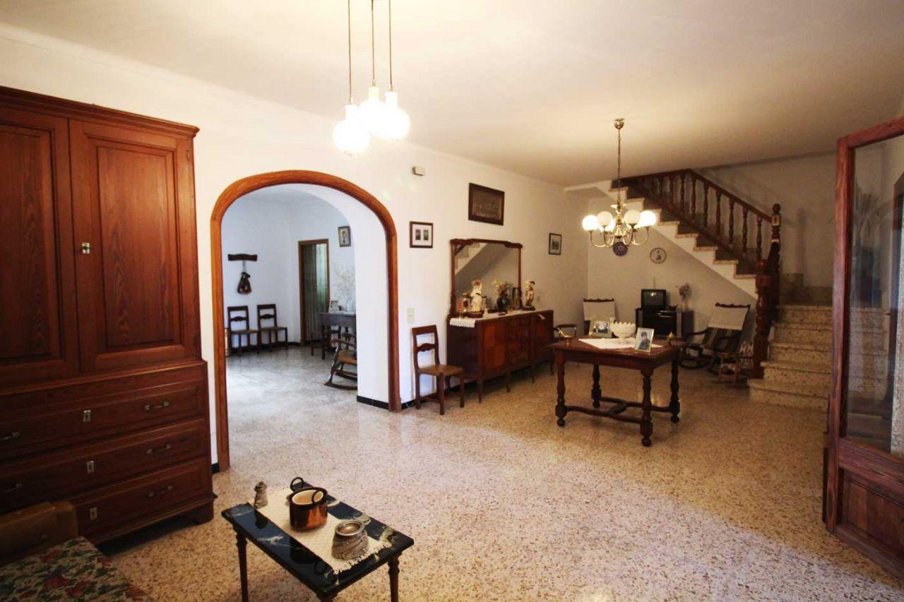 Casa en Petra. Casa de pueblo en petra