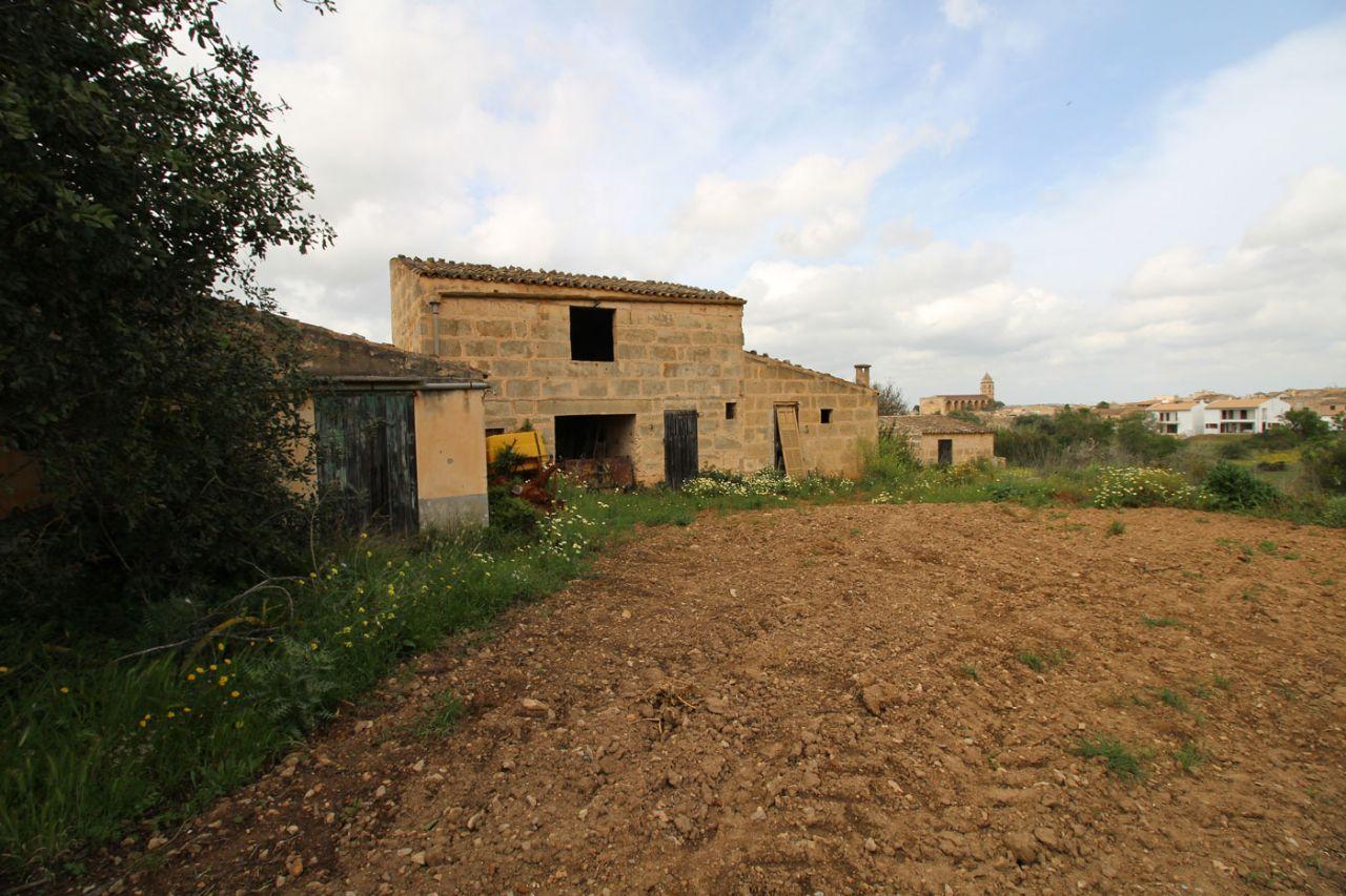 Casa  Puput. Casa rústica en el pueblo de petra