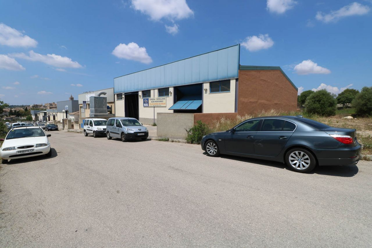 Industrial Building for sale in Sineu