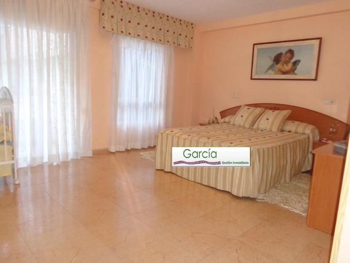 Foto 1 de Piso en Exterior-Impecable  Junto Parque Canalejas / Ensanche - Diputación, Alicante / Alacant
