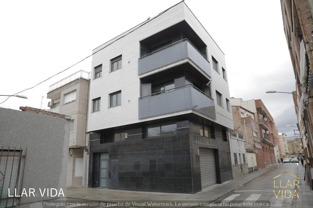 Edifici  Lleida capital - balàfia - secà de sant pere - llívia. Oportunidad!! edificio en lleida ciudad 2 pisos 3hab + dúplex !!