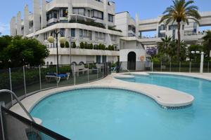 Apartamento en Venta en Ramon Gomez de la Serna / Marbella Centro