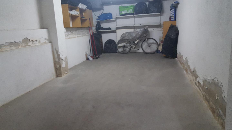 Aparcament cotxe  La plantera. Aparcamiento coche. parking cerrado de 20 mts, planta subterran
