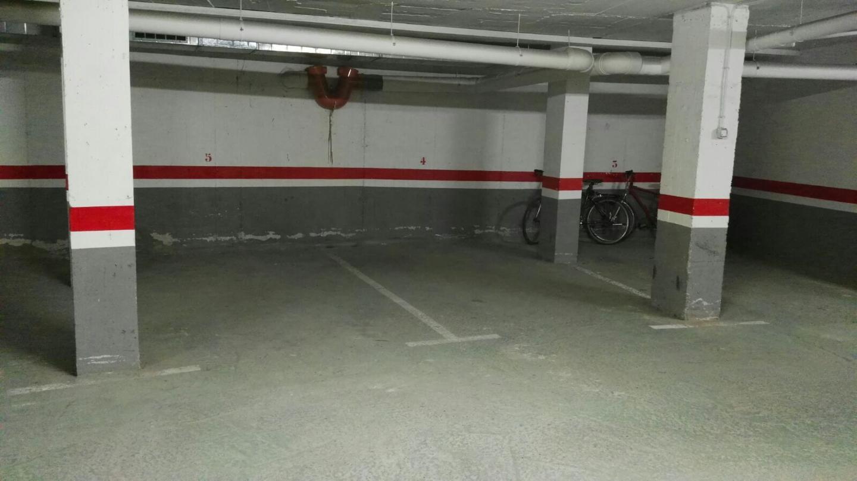 Aparcament cotxe  Els pins. Este plaza de parking se encuentra en blanes, gerona, en la zona