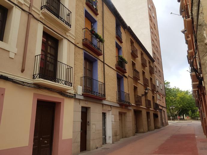 Foto 1 de Piso en Ramón Pignatelli, 79 Plaza de Toros