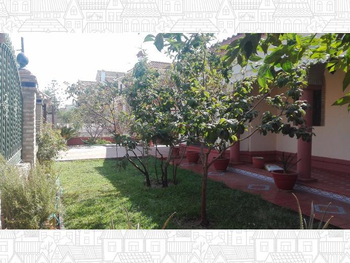 Foto 2 de Chalet en  Moctezuma / Montequinto, Dos Hermanas