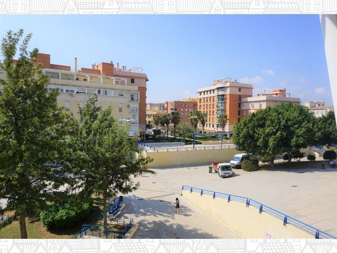 Foto 2 de Piso en Centro - El Ejido - La Merced - La Victoria / El Ejido - La Merced - La Victoria, Málaga Capital
