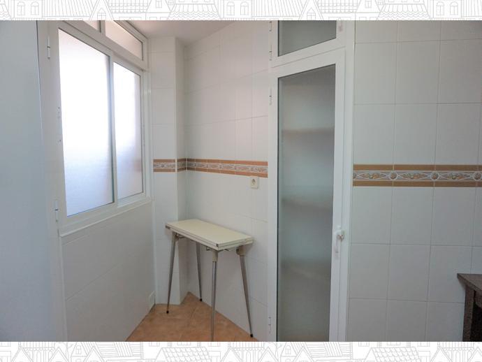 Foto 10 de Piso en Centro - El Ejido - La Merced - La Victoria / El Ejido - La Merced - La Victoria, Málaga Capital