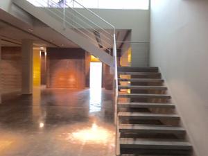Local comercial en Alquiler en Hernan Cortes / L'Eixample