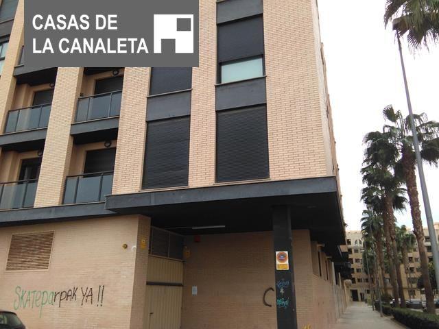 Lloguer Aparcament cotxe  Mislata ,distrito la constitucion-canaleta. Amplia plaza de garaje en zona canaleta