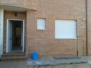 Casa adosada en Alquiler en Villalviciosa / Meco pueblo