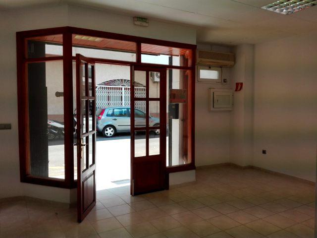 Affitto Locale commerciale  Carrer d'en costa i llobera