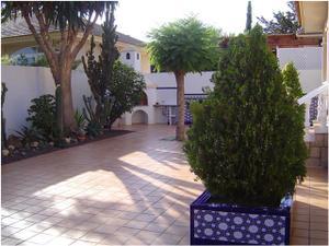 Venta Vivienda Casa-Chalet poligono residencial santa ana