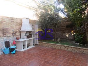 Casa adosada en Alquiler en Paracuellos de Jarama - Casco Urbano / Casco Urbano