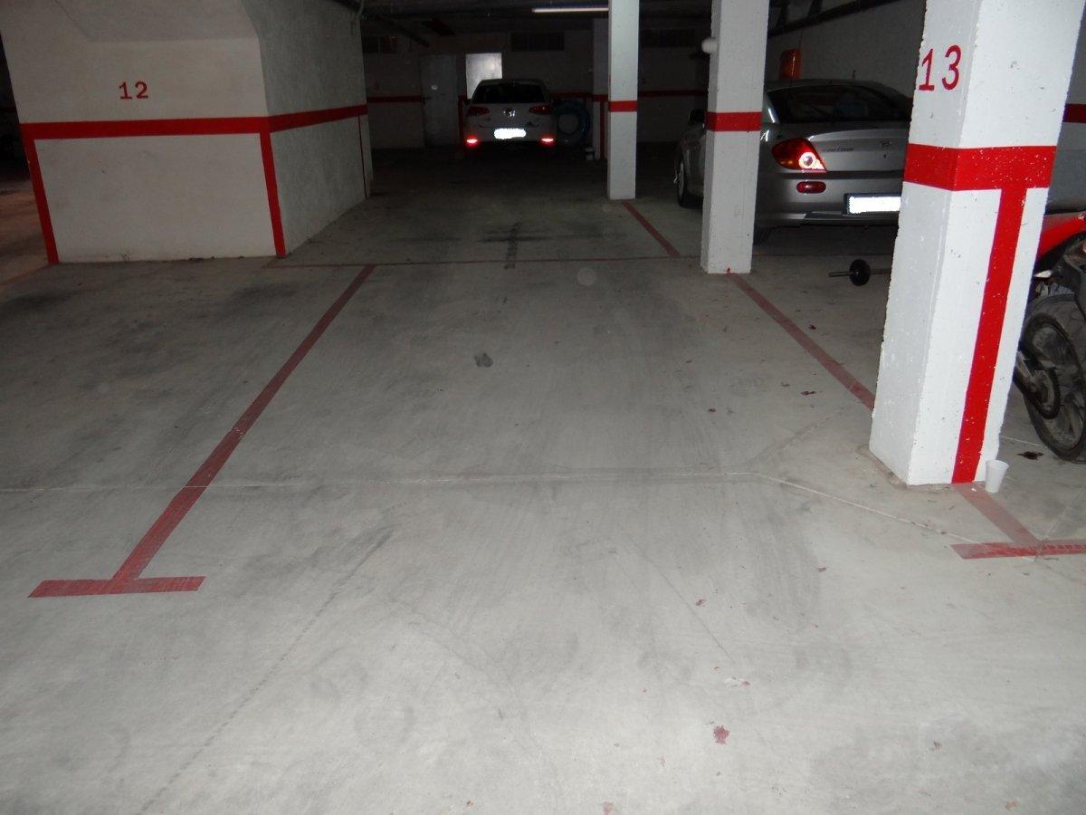 Aparcament cotxe  Ses salines ,colònia de sant jordi. Plazas de parking en la colonia de sant jordi