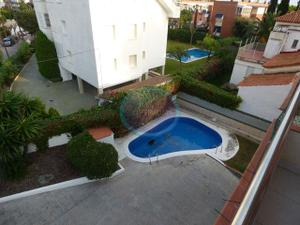 Piso en Alquiler en Enric Morera, 27 / Can Girona - Terramar - Vinyet