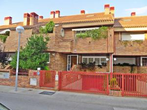 Casa adosada en Venta en Jalon / Zona Carretera del Plantío