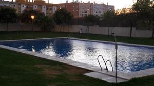 Piso en Venta en Alcalá de Guadaíra, Zona de - Alcalá de Guadaira / Nueva Alcalá