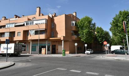 Garaje de alquiler en La Tenería I – La Tenería II