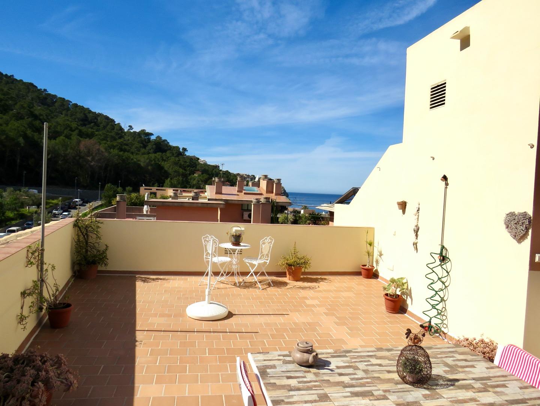Piso  Andratx - port d´andratx. Luminoso apartamento con gran terraza superior y aparcamiento en