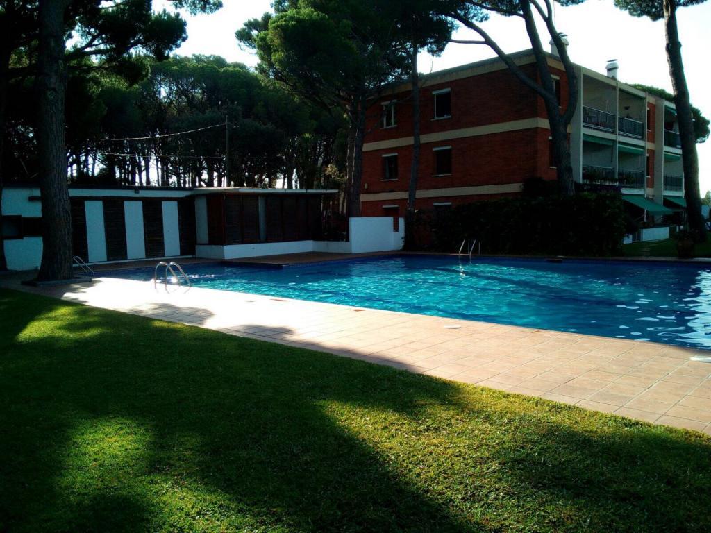 Alquiler Piso en Poble. Piso +piscina