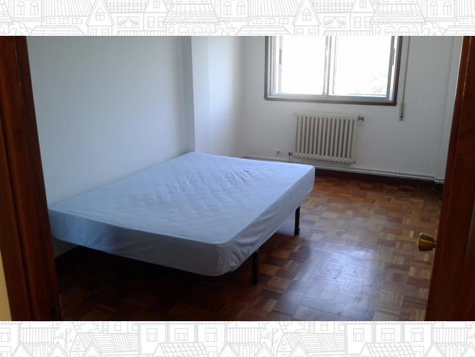 Photo 3 of Flat in Santa Cristina-Perillo: Piso 3 Dormitorios / Perillo, Oleiros