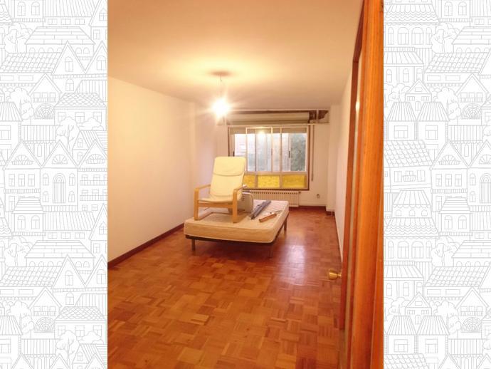 Photo 8 of Flat in Santa Cristina-Perillo: Piso 3 Dormitorios / Perillo, Oleiros