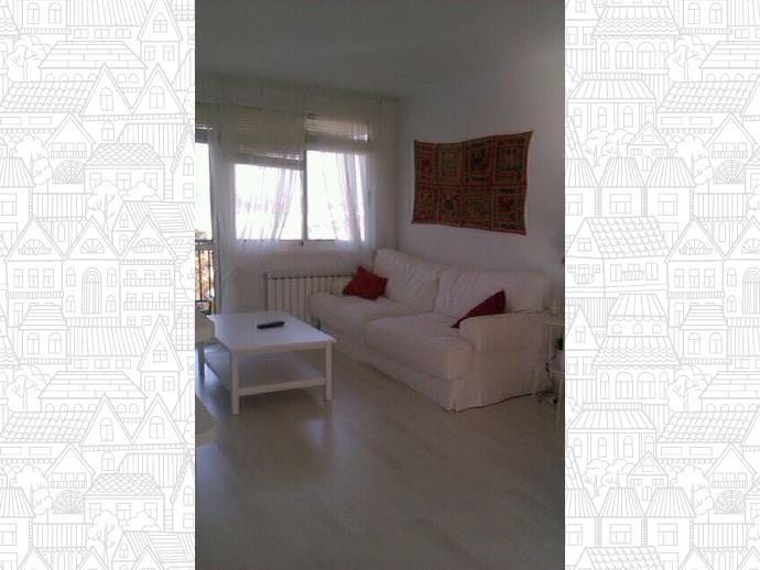 Foto 1 de Piso en Bastiagueiro-Lians: Piso Para Curso Escolar De 2 Dormitorios / Liáns, Oleiros