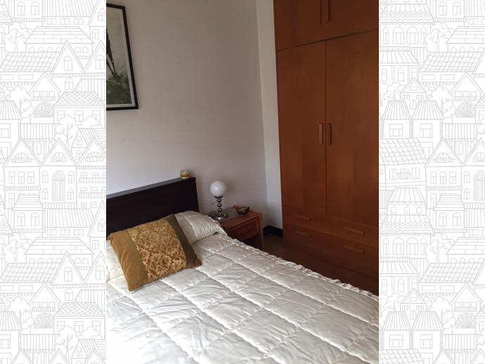 Foto 3 de Piso en Santa Cristina-Perillo: Piso 3 Dormitorios / Perillo, Oleiros