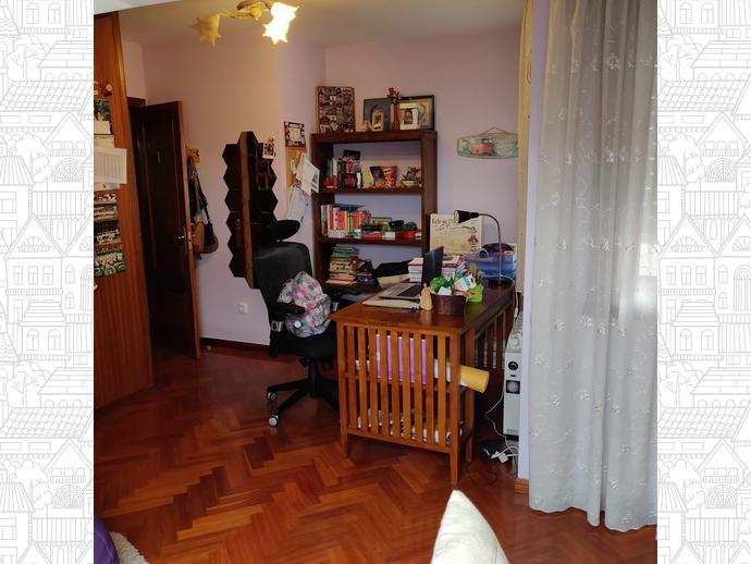 Foto 9 de Piso en Perillo-Oleiros: Dúplex Exterior Con 4 Dormitorios / Perillo, Oleiros