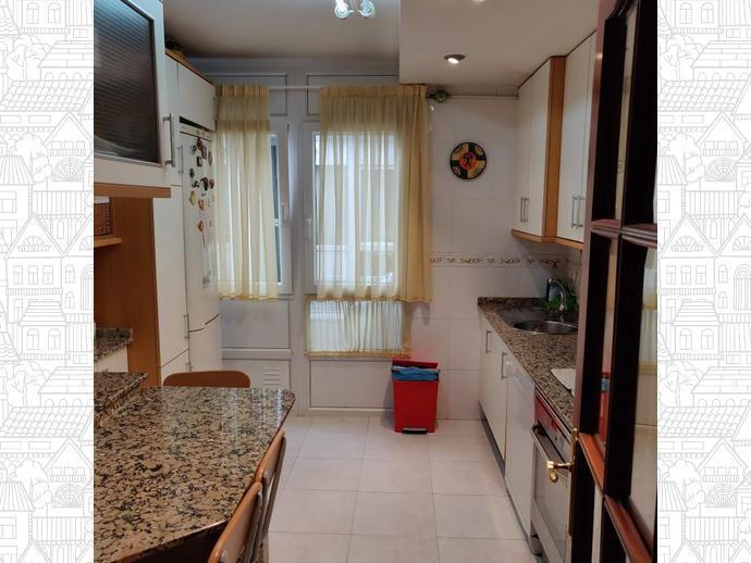 Foto 4 de Piso en Perillo-Oleiros: Dúplex Exterior Con 4 Dormitorios / Perillo, Oleiros