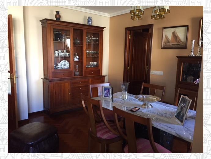 Foto 1 de Piso en Perillo-Oleiros: Dúplex Exterior Con 4 Dormitorios / Perillo, Oleiros