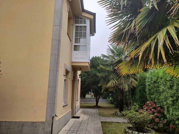 Foto 1 de Chalet en Iñas-Oleiros: Casa Individual Con Finca De 1.000 M2 / Inás, Oleiros