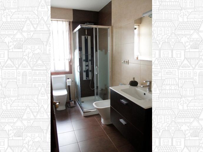 Foto 1 de Piso en O Burgo 3 Dormitorios - Culleredo / Culleredo