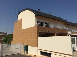 Casa adosada en Venta en Náquera / Náquera