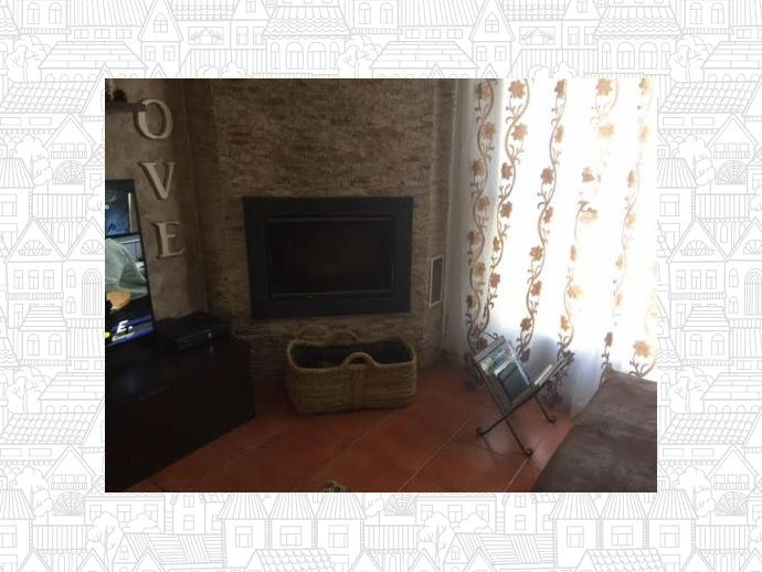 Foto 1 de Casa adosada en Alovera-Chiloeches, Zona De - Alovera / Alovera