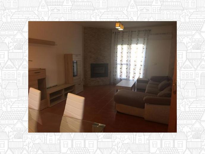 Foto 2 de Casa adosada en Alovera-Chiloeches, Zona De - Alovera / Alovera