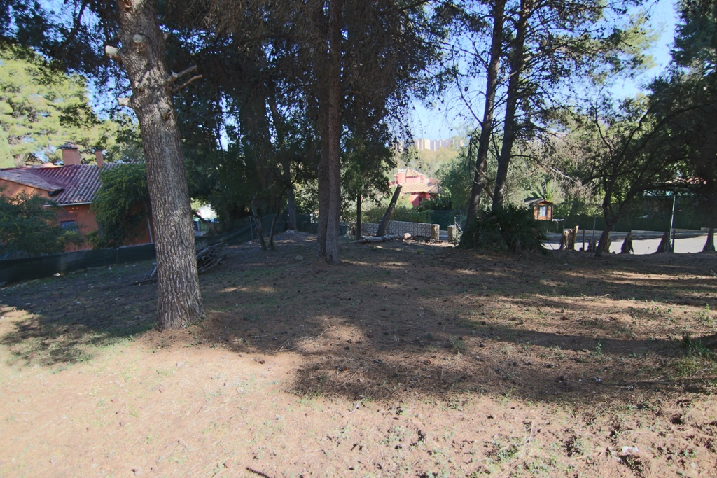 Residential land for sale in El Pinar- Palacio de Congresos