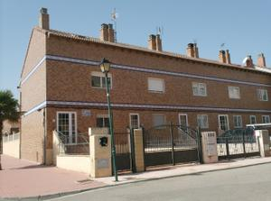 Casa adosada en Alquiler en Garcia Lorca / La Muela