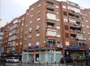 Local comercial en Alquiler en Algeciras - La Reconquista - El Rosario / El Rinconcillo