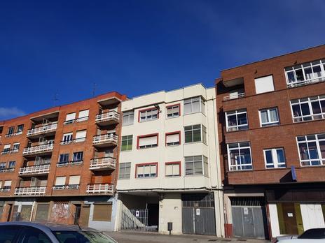 Apartamentos en venta con terraza en León Capital