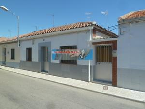 Chalet en Venta en Quinta Transversal / Fuensalida