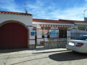 Casa adosada en Venta en Rosales / El Casar de Escalona