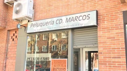 Foto 2 de Local de alquiler en Juncal, Madrid
