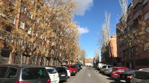 Foto 3 de Local de alquiler en Juncal, Madrid