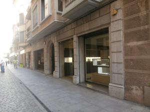 Local comercial en Alquiler en Girona Capital - Centre / Centre
